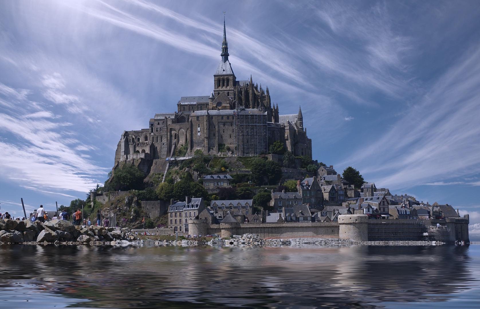 mont-saint-michel-688405_1920.jpg