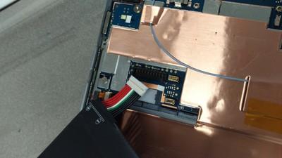 nexus9-battery-plug2-400.jpg
