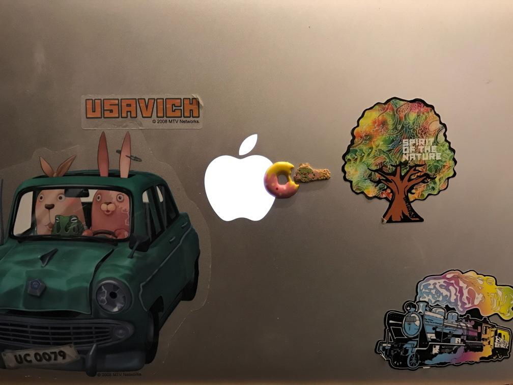 macbookair3,2.jpg