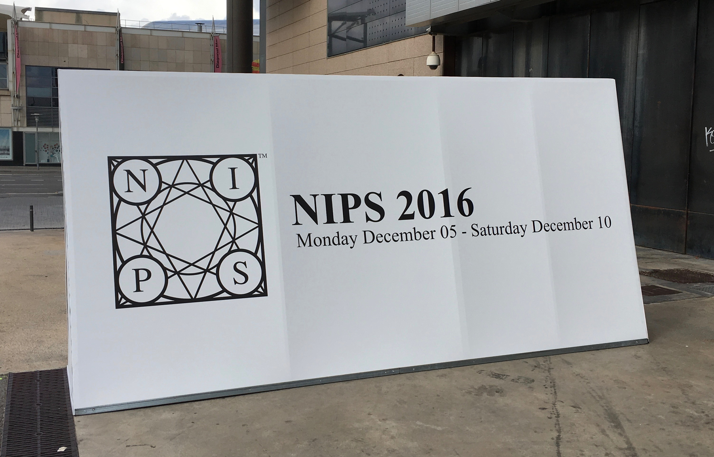 nips2016